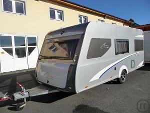 wohnwagen mieten mieten in sterreich caravan wohnwagen vermietung rentinorio. Black Bedroom Furniture Sets. Home Design Ideas